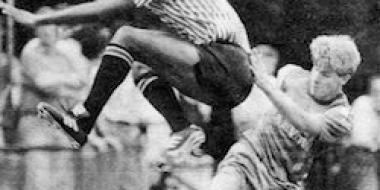 1992-93: Dean Austin cash boost but tree blocks path to promotion