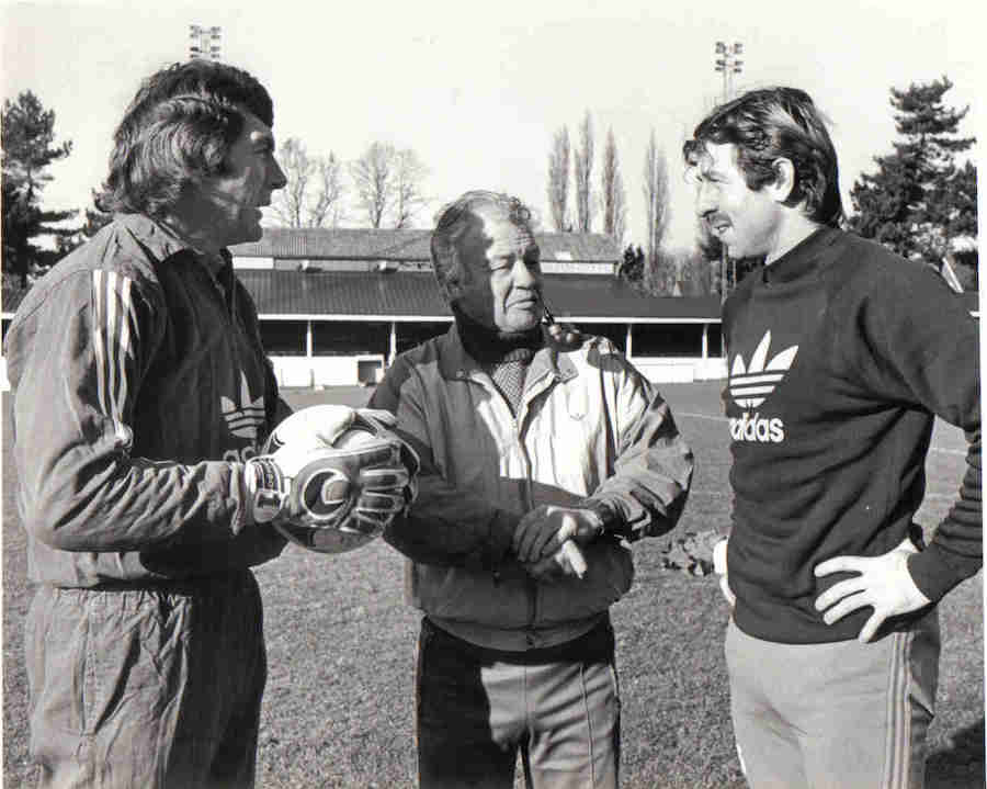 Pat Jennings Billy Bingham Gerry Armstrong